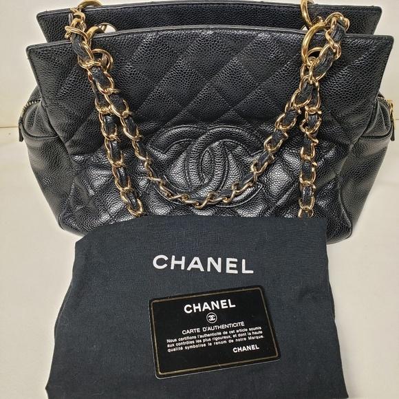 CHANEL Handbags - Chanel Petite Timeless tote